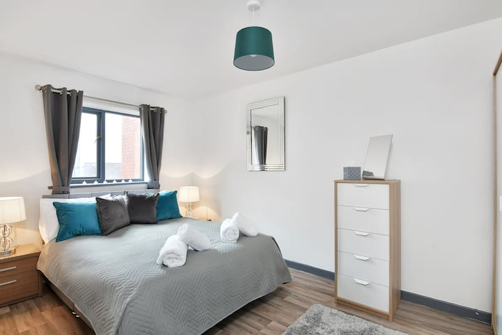 Xclusive Living Stay in City Centre, Kings Court