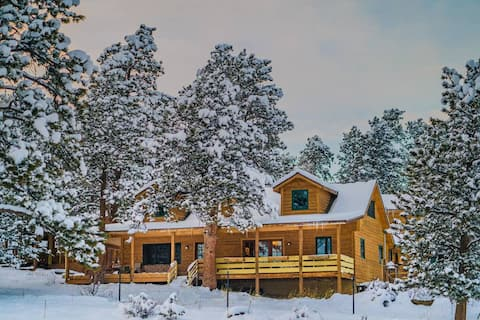 3BR CABIN CHALET, BIG DECK, MTN VIEWS, WILDLIFE
