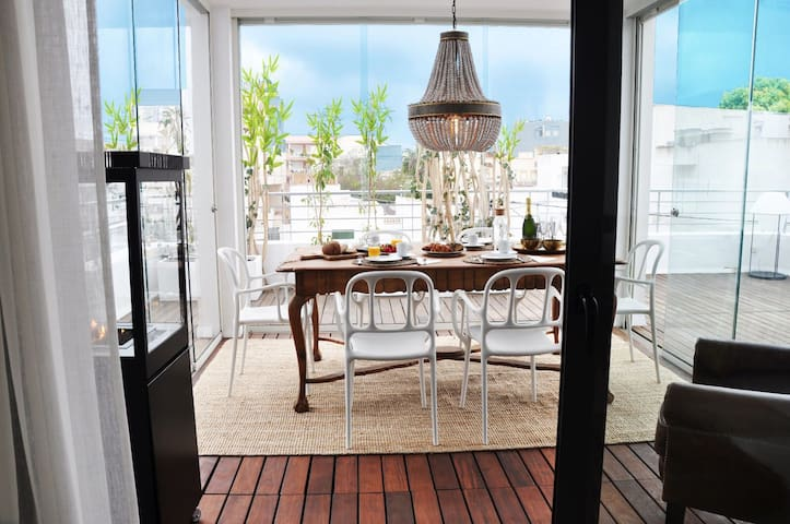 Amazing 3 bedroom Luxury Apartment + Huge Terrace - Cap Martinet - Apartment