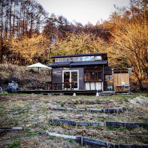 off-grid tiny cottage in nature - Sakuho, Minamisaku District - Cabin