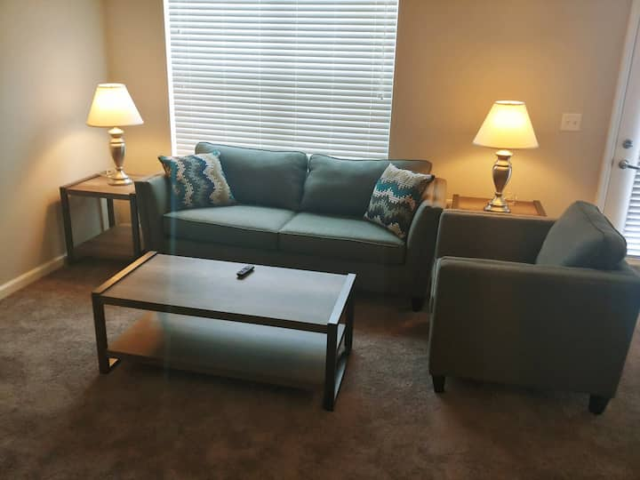Brand new 1BD/1.5BA near Lutheran Hospital