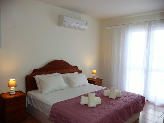 Master Bedroom with Air Conditioning. Super King size  Bed