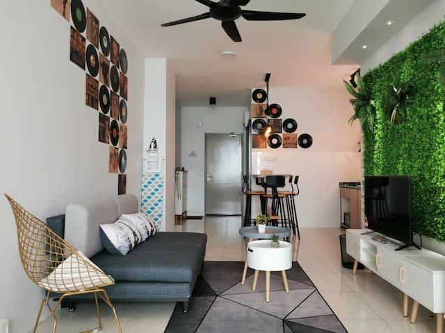 Cozy Suite, Comfy, Sunset View 新高级公寓10分钟机场/市区