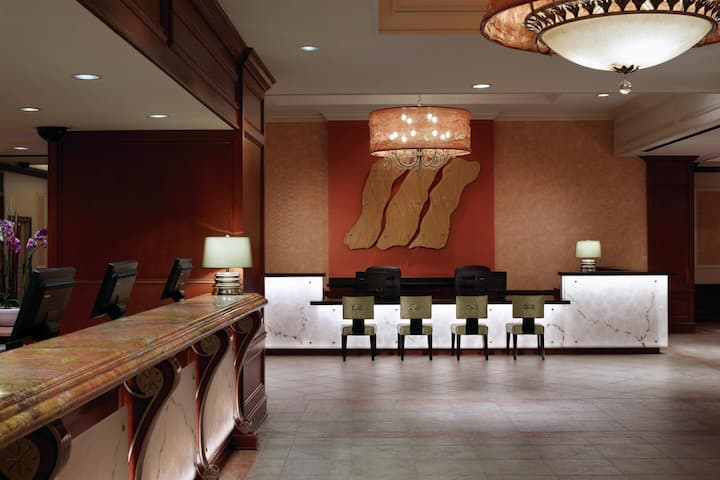 Discounted Luxury Stay on The Las Vegas Strip