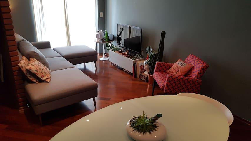 Quarto privado e aconchegante | sofá-cama