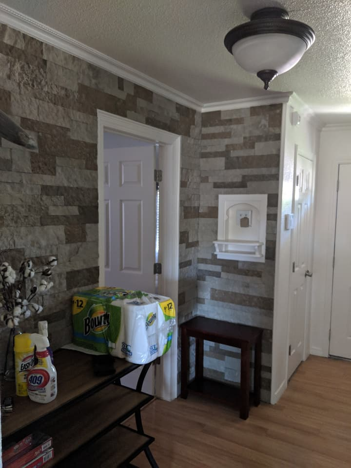Large home with full KITCHEN/outdoor grill.