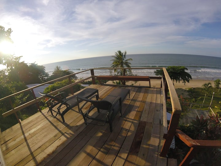 PICTURESQUE SEAVIEW CHALET ( 3 MEAL INCLUDED )
