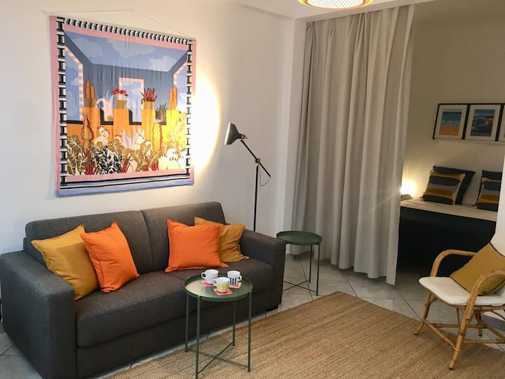 Appartement  centre ville a 50m de la mer