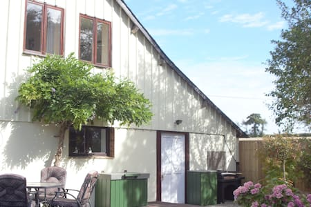 Charming Brielles Stay with Lake View