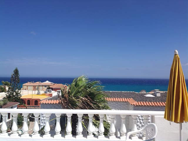 !JULY OFFER! Apartment with beautiful ocean view.