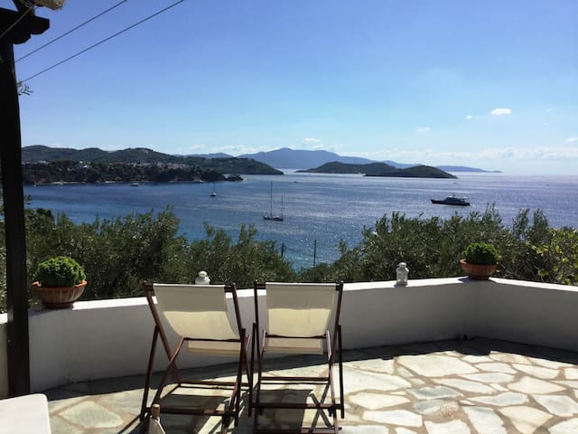 VIP terrace over the Agean, cozy villa, great view - Sporades - Apartment