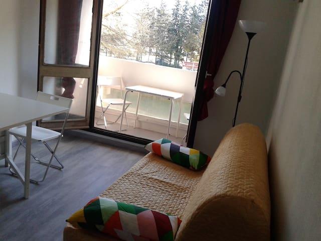 Calm flat by Aix en Provence (free parking) 1 - Aix-en-Provence - Appartement