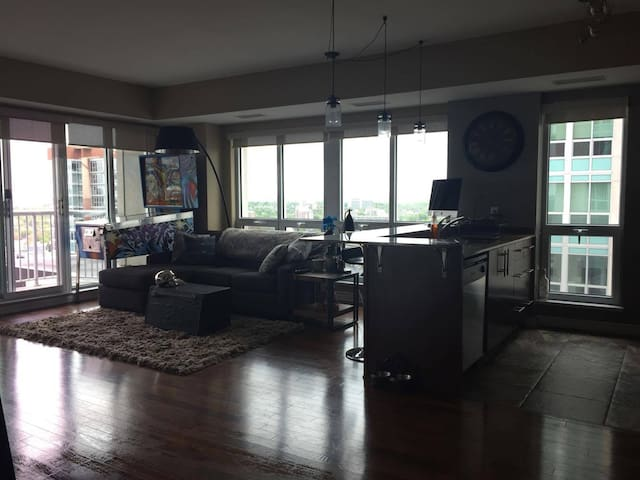 Modern room in luxurious downtown condo