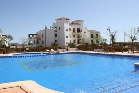 Apartamento en el Resort     El VALLE GOLF RESORT