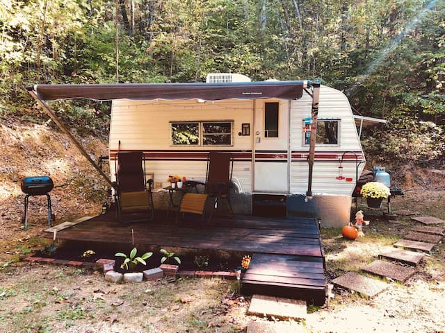 Cozy Camper in the Smoky Mountains