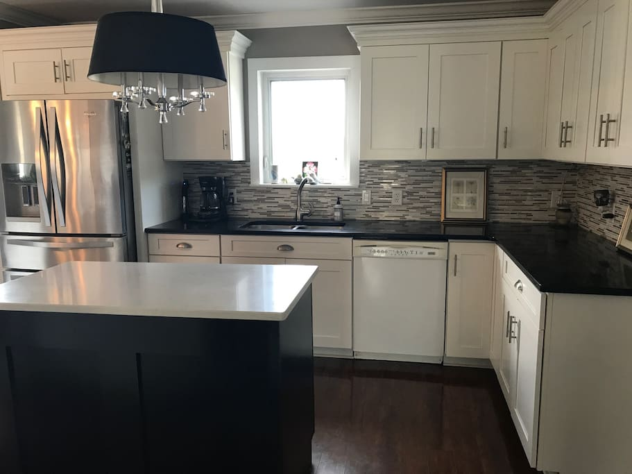 New Kitchen with Quartz Countertops