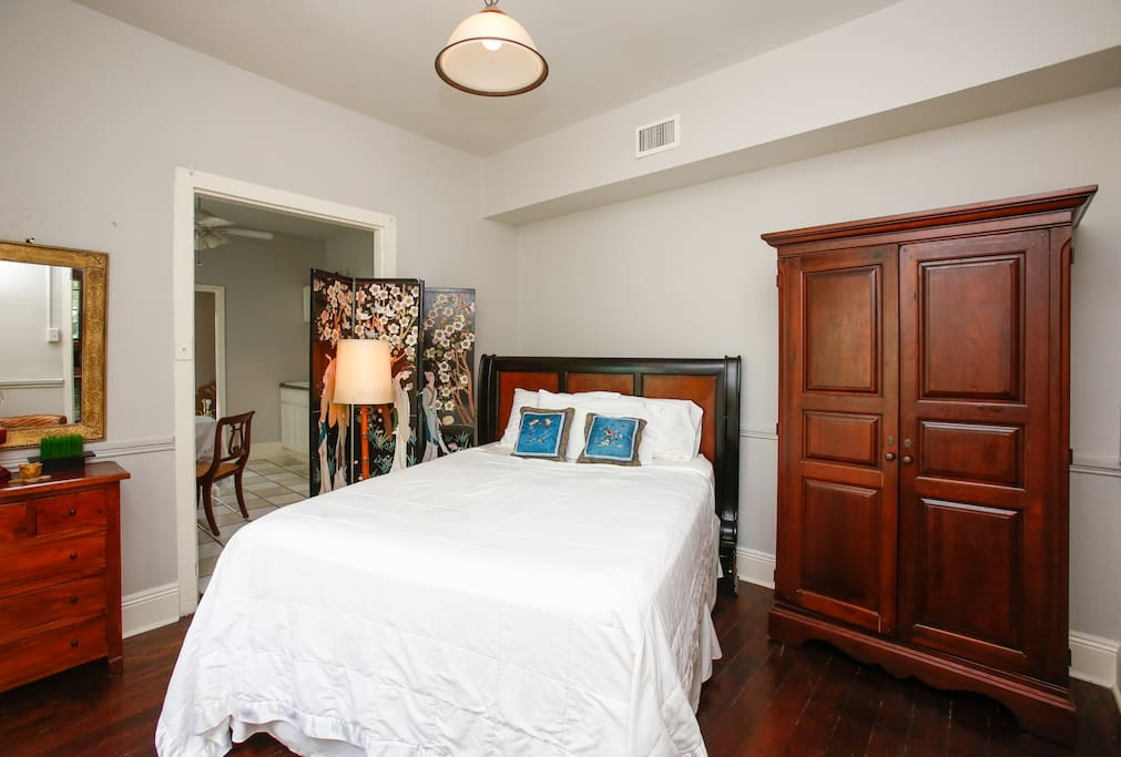 Romantic Marigny Near French Quarter Suite 10 Bed And Breakfasts For Rent In New Orleans