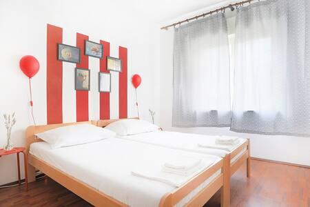 Bernys Apartment