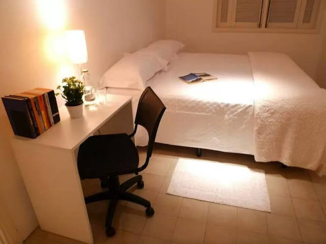 easy bus and subway, one bedroom, - Nagold - Apartamento