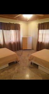 Sunny Palace Master bedroom