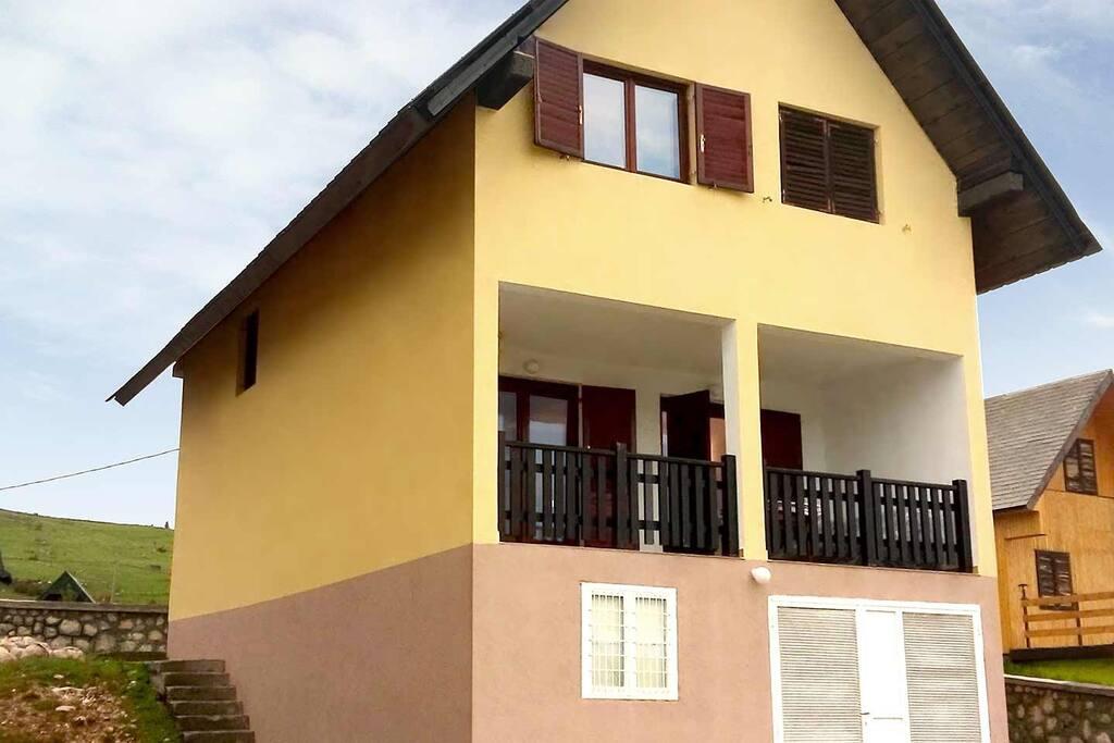Mountain home Krivokapic