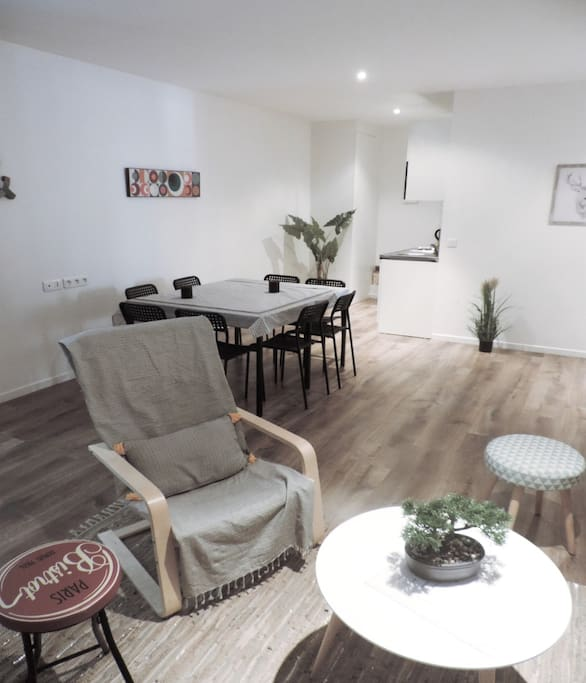 living room +dinning room