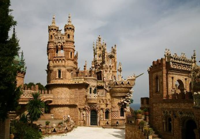 Benalmadena Colombus castle 6 km