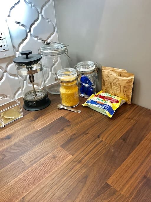 French press, hot tea, sugar in the raw, creamer and light snacks available. YUMMMMM