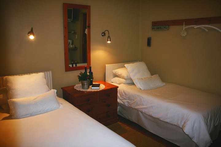 Aan d'Oewer B&B - Plumbago Suite - Citrusdal - Penzion (B&B)