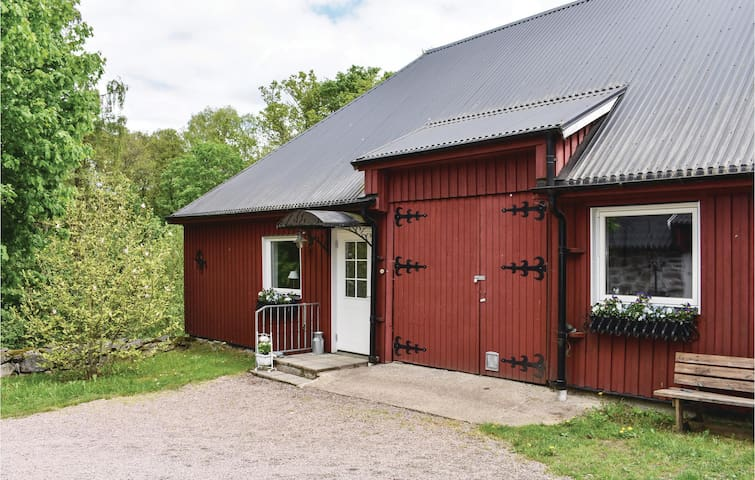 Holiday apartment with 2 bedrooms on 80m² in Tjörnarp