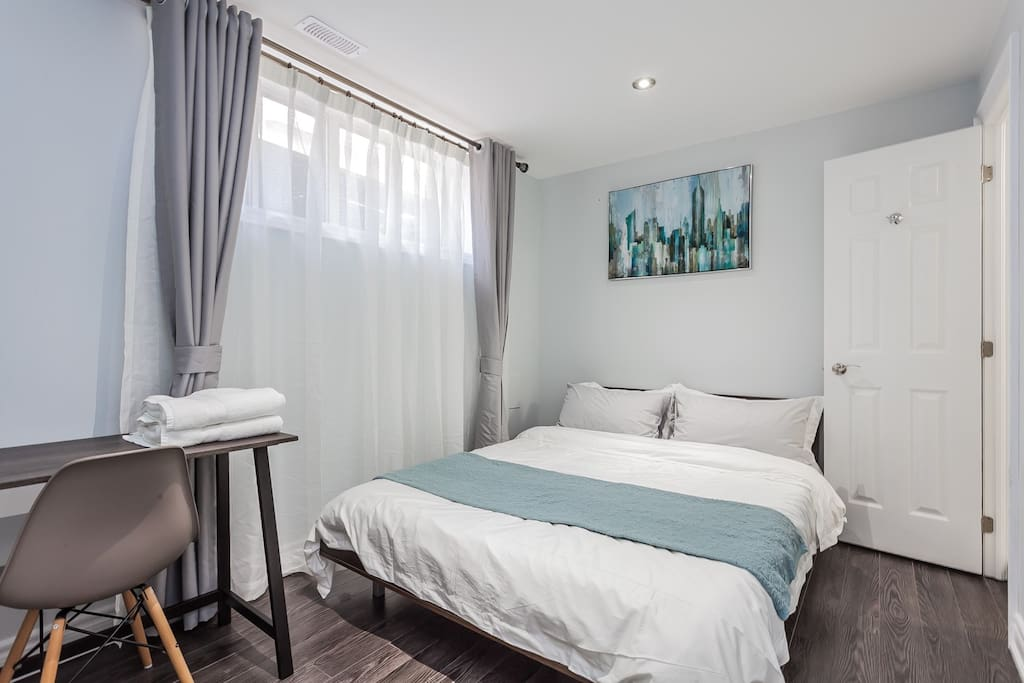 Airbnb Room For Rent In Toronto