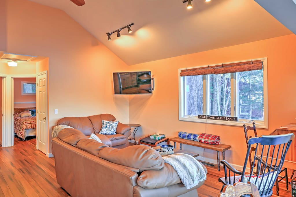 Spend downtime on the plush couch in the living area watching your favorite TV shows.