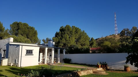 Wild Olive Cottage - Country Comfort in Bethulie