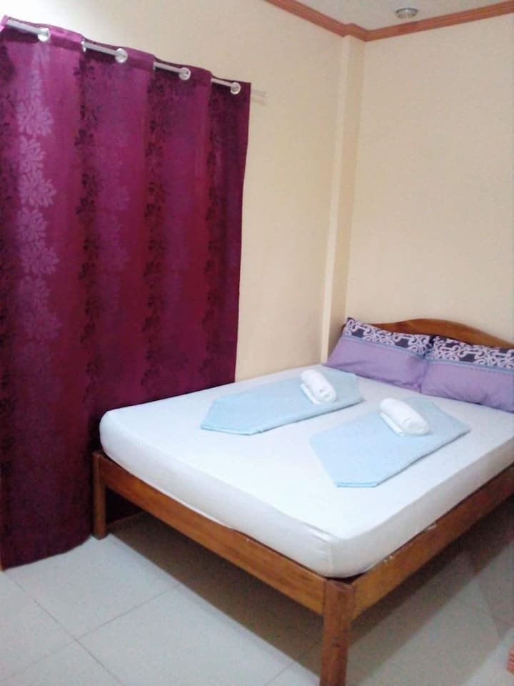 double bed good for 2 pax with own bath room and fully aircondition