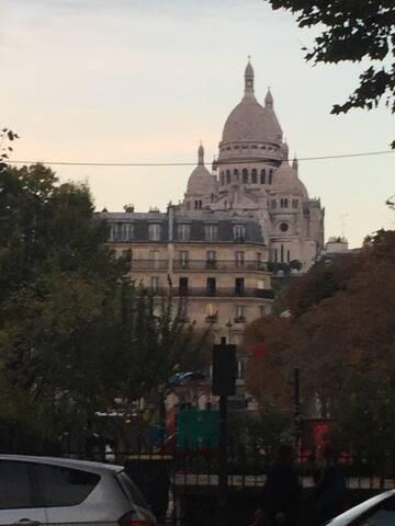 Studio 9ème Martyrs/Montmartre.