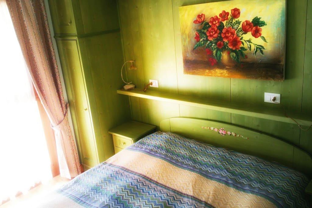 Camera da letto (1 matrimoniale + 2 singoli)