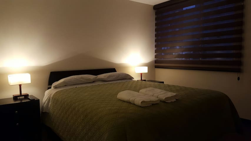 Comfy apartament veeery close to La Carolina Park - Quito - Daire