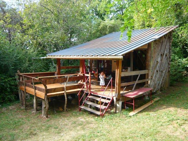 La Cabane dans les bois - Vivez l'expérience fôret - Champlitte - Houten huisje