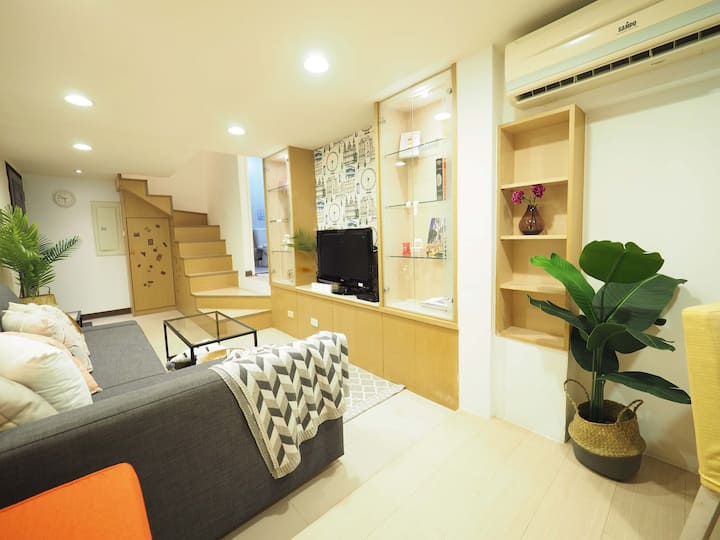 *Almost new!Loft Sunny Home 5PPL Stay  near 101.