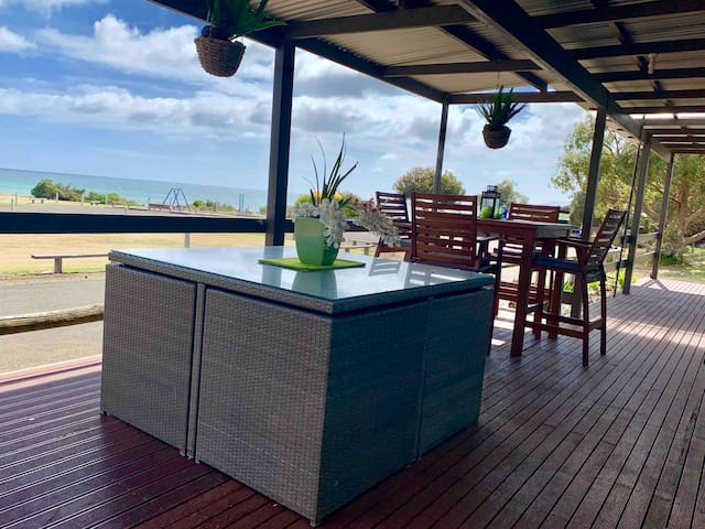 Pine View Holiday Rental, Emu Bay Kangaroo Island