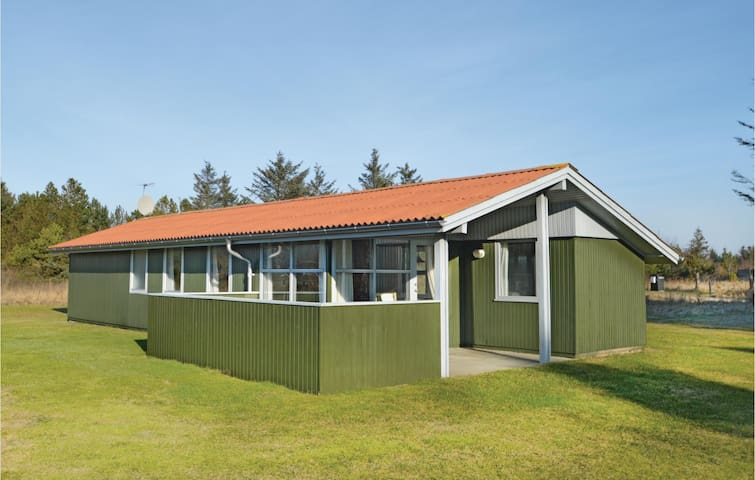 Holiday cottage with 2 bedrooms on 53 m²