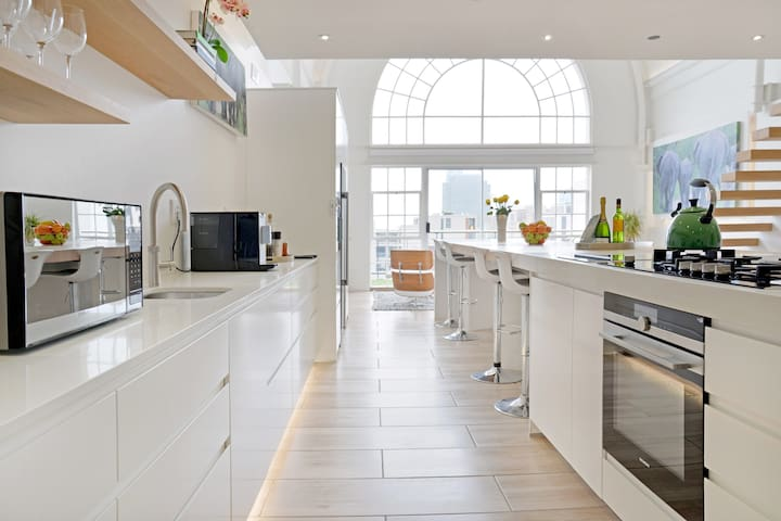 Automated Designer Penthouse in City Centre