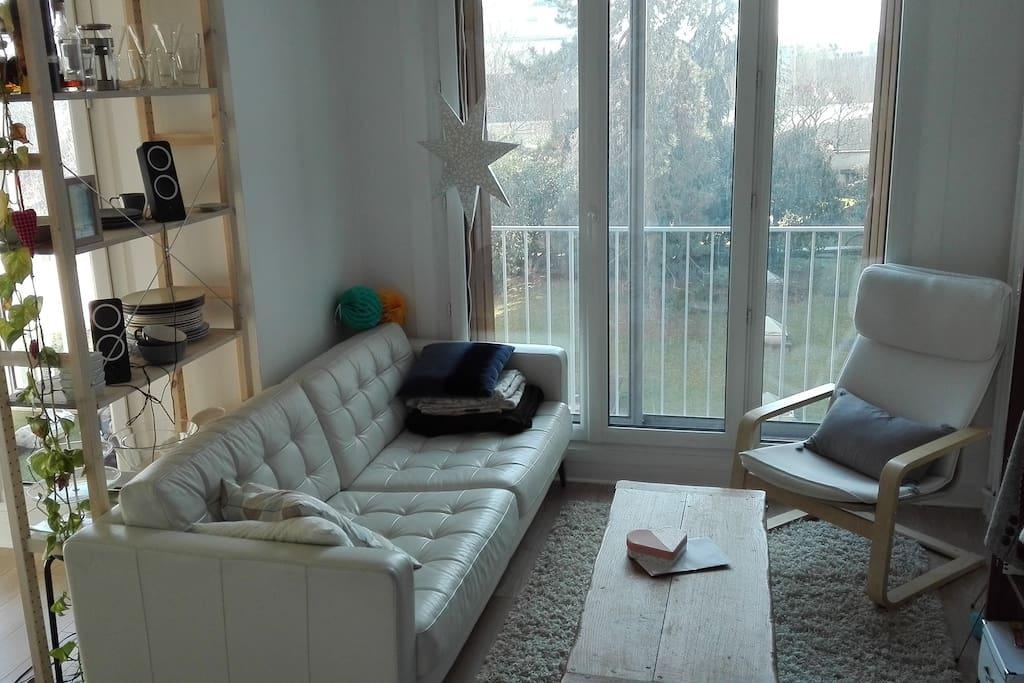 Canapé très confortable pour une troisième Personne