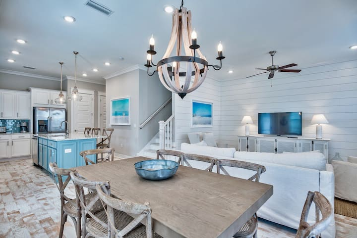 """Just a Dream"" Beach Home on 30A w/ Golf Cart"