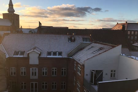 Fantastic City Center apartment with great views - Randers