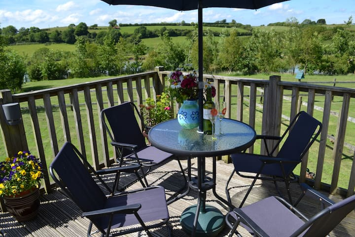 Higher Shorston Lakes & Lodges - Devon - Kabin