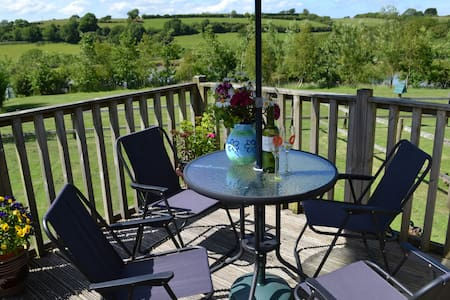 Higher Shorston Lakes & Lodges - Devon