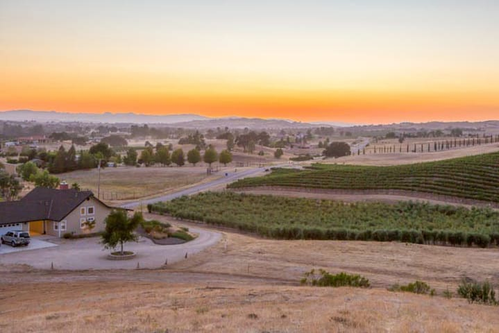 Olive Orchard Ranch: Wine country slice of heaven