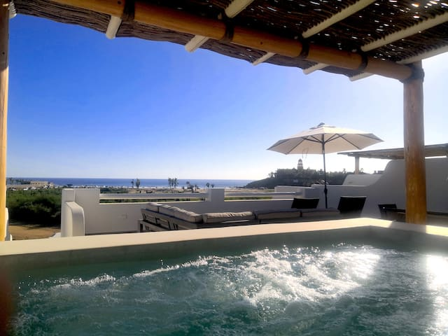 Encanto Penthouse⛱ Pool, Rooftop Hot Tub & Sunsets