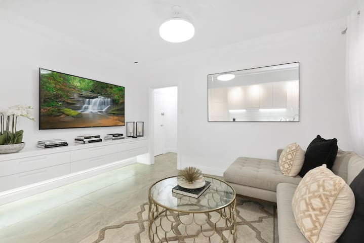 Luxury Escape, in Bellevue Hill Apartment